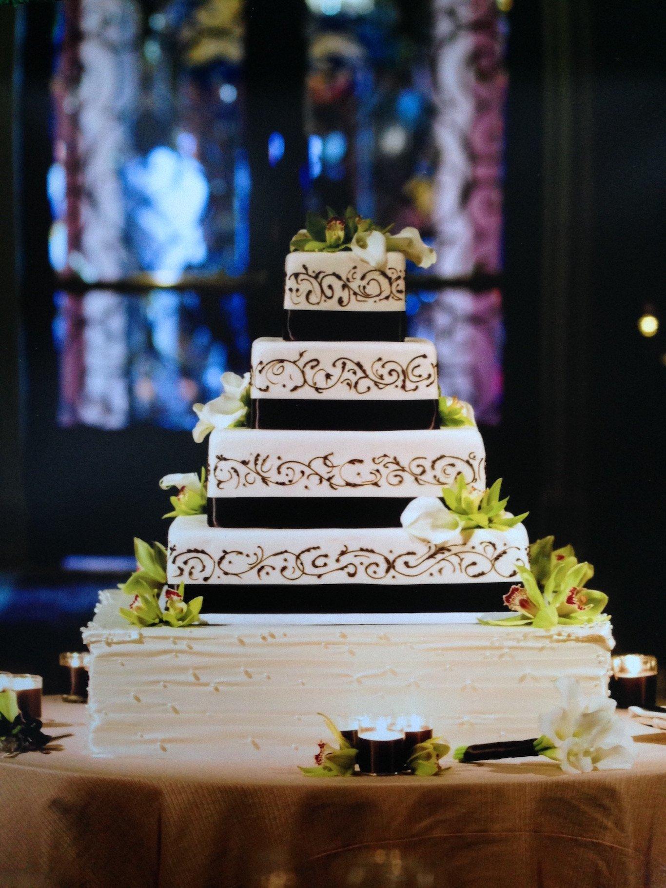 Chef Thierry Delourneaux - Chichifoofoo Wedding Cake- Portfolio 048