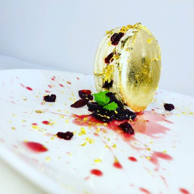 Chef Thierry Delourneaux Chichifoofoo Golden Macaron